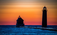 Grand Sunset 2018 (Epperly Photographic Images) Tags: sunset grand haven lighthouse michigan sky colorful nikon d800e