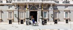 The Royal Guard (Lucien Schilling) Tags: madrid comunidaddemadrid spain es palace royal horse horses guard