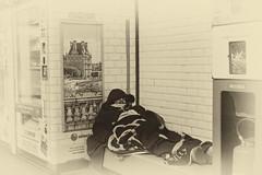 A dream, un rêve, un sueño ! (G. HyS) Tags: rêve metro chateau palais