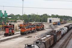 CN 6018 (CC 8039) Tags: cn bnsf csx trains sd402 sd452 gp38 ac44cw c449w sd75m galesburg illinois