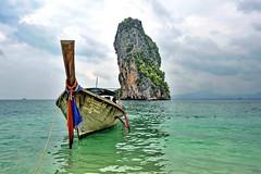 Thai classic (meren34) Tags: phiphi island thailand sea travel tour andaman boat tie colors blue sky thai beach sand