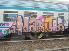 1128 (en-ri) Tags: naboc coban pevs crew giallo nero marrone defs 2kf train torino graffiti writing mf fuxia