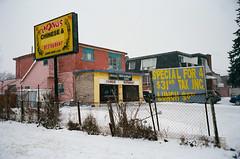 (Džesika Devic) Tags: leicam6 snow winter ontario leica winterscene restaurant canada