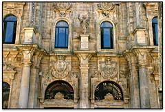 Fachada da Acibechería, Catedral de Santiago de Compostela (A Coruña, Galicia, España) (Jesús Cano Sánchez) Tags: elsenyordelsbertins canon eos20d tamron18200 vacances2016 espanya españa spain galicia acoruñaprovincia santiago santiagodecompostela unesco catedral cathedral