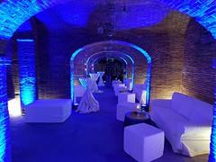 "Groppoli_uplights_blu_arredo_wedding_interno • <a style=""font-size:0.8em;"" href=""http://www.flickr.com/photos/98039861@N02/39466452580/"" target=""_blank"">View on Flickr</a>"