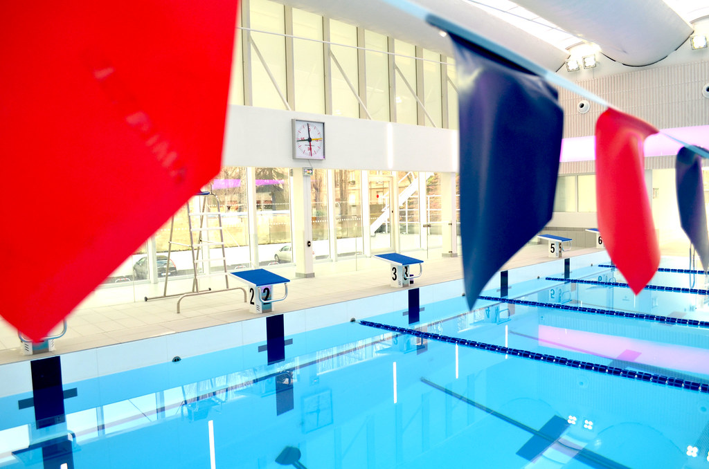 The world 39 s best photos of fitness and trainer flickr for Piscine sevestre
