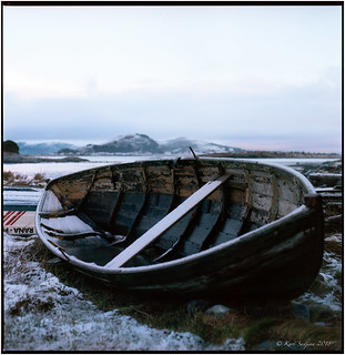 The old and wooden boat_Hasselblad