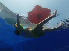 Star (eduardolozano1) Tags: agua water pool kid niño fun diversion alberca sol mexico