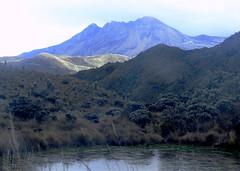 Vista cráter la olleta, nevado del ruiz (@Engalochadox) Tags: paramo conservacion colombia altamontaña futuro esfuerzosdeconservacion ecologia earth ecology recursos humanidad humanityresourse future water agua proteccion