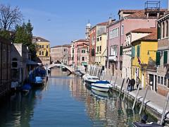 Kanal / Channel (schreibtnix on 'n off) Tags: reisen travelling italien italy venedig venice dorsoduro camposantrovaso kanal channel boote boats spiegelungen reflections olympuse5 schreibtnix