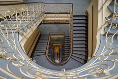 Once upon a time (picsessionphotoarts) Tags: weitwinkel hamburgmeineperle hamburg staircase treppe treppenhaus spiralstaircase hamburgstairs sony sonyphotography sonyalpha sonyalpha6000 sonyilce6000 downtown thisishh