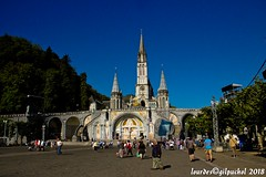 Lourdes 050-A (José María Gil Puchol) Tags: aquitaine basilique catholique cathédrale eau eaumiraculeuse fidèle france josémariagilpuchol lourdes paysbasque place pélèrinage religion