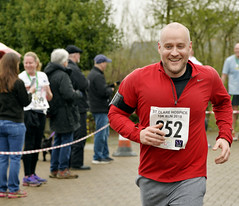 _NCO7238a (Nigel Otter) Tags: st clare hospice 10k run april 2018 harlow essex charity
