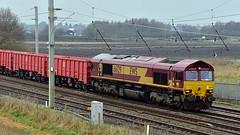 66129 (Martin's Online Photography) Tags: class66 ews freight train rail railway transport trains wcml ravenhead arpleysidings winwick nikon nikond7200
