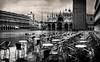 Piazza San Marco, Venezia (Air'L) Tags: noiretblanc bw venise sanmarco place piazza italie europe