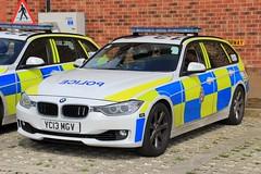 West Yorkshire Police BMW 330d Touring Roads Policing Unit Traffic Car (PFB-999) Tags: west yorkshire police wyp bmw 330d 3series touring estate roads policing unit rpu traffic car vehicle lightbar grilles fendoffs leds yc13mgv