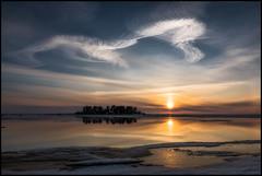 Sunset (Jonas Thomén) Tags: sunset solnedgång moln clouds sea hav havet snow snö ice is sku himmel ö island reflection spegling