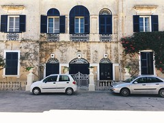 IMG_0707 (i_like_being_me) Tags: malta mediterraneansea mediterranean summer island streetphotography travel road street architecture mdina iphone only