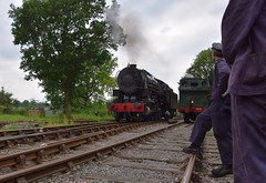 The Footplate Crew of GWR Loco 813 look on as USAC S160 approaches Ongar Station on a positioning move. Epping Ongar Railway Steam Gala 09 06 2018 (pnb511) Tags: eppingongarrailway trains heritage railway engine train loco locomotive smoke steam tree trees track