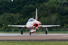 Patrouille Suisse (M J Robinson Photography) Tags: 2017 arrivals riat thursday royalinternationalairtattoo raf fairford switzerland swiss air force patrouillesuisse patrouille suisse northrop f5 f5e tiger ii tigerii team aerobatic jet aviation photography nikon d7100 nikond7100