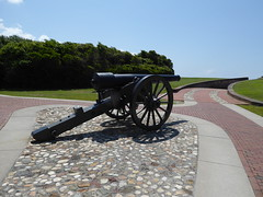 Fort Macon State Park Atlantic Beach NC (MisterQque) Tags: fortmacon coastalfort fortmaconstatepark crystalcoast militaryfort historicsite 30pounderparrottrifle