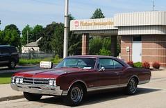 1966 Oldsmobile Delta 88 (Cragin Spring) Tags: wisconsin wi midwest unitedstates usa unitedstatesofamerica 1966 olds oldsmobiledelta88 1966oldsmobiledelta88 oldsdelta88 car oldsmobile 1960s