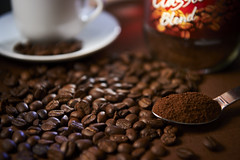 GOOD TO DO (PHOTOGRAPHYSUAT) Tags: coffee color gell grading dark yummy delicious smell nice enjoyable drink wish hope sun flawor feel relax select choose flickr explore cup red braun yellow warm hot spoon taple tabletop light shape image