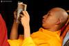 11-10-03 Myanmar (1182) O01 (Nikobo3) Tags: asia myanmar birmania burma mandalay culturas color people gentes portraits retratos monjes monks travel viajes nikon nikond200 d200 nikon7020028vrii nikobo joségarcíacobo