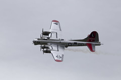 IMG_8398 (micro_lone_patriot) Tags: yankeelady b17 boeing wwiiweekend ww2 ww2weekend reading pa spaatzfield bomber airshow