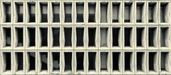 Wand (Pascal Volk) Tags: berlin mitte unterdenlinden schadowstrase berlinmitte pared wall wand fenster windows ventanas monochrome monochromemonday architecture architektur arquitectura canonpowershotg1xmarkiii 15mm dxophotolab dxosilverefexpro nikcollection