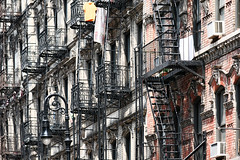 Broome Street (erichudson78) Tags: usa nyc newyorkcity lowereastside broomestreet architecture canoneos5d canonef200mmf28lusm manhattan urbanlandscape paysageurbain building bâtiment