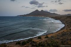Playas de sedimentos y lava (SantiMB.Photos) Tags: 2blog 2tumblr 2ig atardecer sunset mar sea playa beach frailes laisleta andalucia españa esp