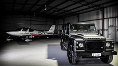 Carbon and Steel (AndrewPayne86) Tags: land rover defender 110 perth western australia hangar cirrus sr22 plane aviation light aircraft car truck airport 201803challenge