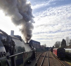 Great Central Railway Loughborough Leicestershire 29th March 2018 (loose_grip_99) Tags: great central railway railroad rail train loughborough leicestershire eastmidlands england uk steam engine locomotive britishrailways standard 9f 2100 92214 station smoke gassteam uksteam trains railways march 2018
