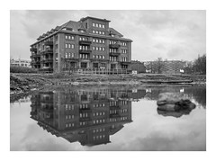 Die Stadt 210 (sw188) Tags: deutschland nrw ruhrgebiet dortmund hörde sw stadtlandschaft street bw blackandwhite
