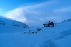 Cold evening (hanschristian_nielsen) Tags: norge skiferie skarvheimen cabintocabin dnt norway winter hyttetilhytte bjordalsbu