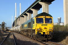 66605 West Thurrock (Gridboy56) Tags: freightliner freight westthurrock essex uk europe england emd gm shed 66605 6l10 tunstead cement wagons cargo locomotive locomotives trains train railways railroad railfreight