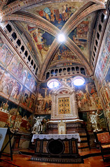 Cappella del Corporale (█ Slices of Light █▀ ▀ ▀) Tags: chapel gothic religious art corporal cappella del corporale miracle bolsena triptych altar tabernacle duomo orvieto 奥尔维耶托 主教座堂 cathedral 座堂 church interior catholic italia 意大利 italy olympus em1 arcsoft panorama maker stitched