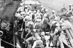 world war two (San Diego Air & Space Museum Archives) Tags: unitedstatesnavy usnavy usn sailor sailors whaleboat