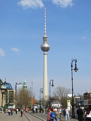 Unter den Linden, Berlin (Stewie1980) Tags: berlin mitte deutschland germany allemagne unter den linden berliner fernsehturm television tower sky street urban city