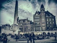 amsterdam street 5 (michaelhertel) Tags: amsterdam street people olympus nikanalog travel urlaub holland netherland