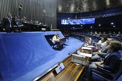 Plenário do Senado (MPDFT) Tags: plenário sessãoespecial debatetemático eleição2018 fakenews notíciafalsa anteprojeto debateinterativo redesocial carloseduardofrazãodoamaral senadorcássiocunhalimapsdbpb ministrotarcísiovieira murilloaragão fredericoceroy leandrocolon ângelapimenta danielnascimento paineleletrônico brasília df brasil bra