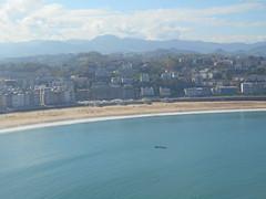 la concha beach-San Sebastian (jon_zuniga1) Tags: laconchabeach playadelaconcha laconchabay bahiadelaconcha laconcha sansebastian gipuzkoa basquecountry spain travel