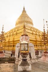 Myanmar-20180324-1221 (ShaneAndRobbie) Tags: nyaungu mandalayregion myanmarburma mm myanmar burma bagan shwezigonpaya shwezigon pagoda