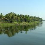 India (Karnataka)-Lakeside beauty thumbnail