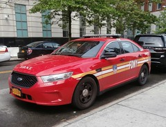 FDNY Car 33- Duty Medical Officer of Queens, Brooklyn & Staten Island (MJ_100) Tags: emergencyvehicle emergencyservices fdny firedepartment fireservice firebrigade metrotech fdnyhq fdnyheadquarters car33 dutymedicalofficer queens brooklyn statenisland