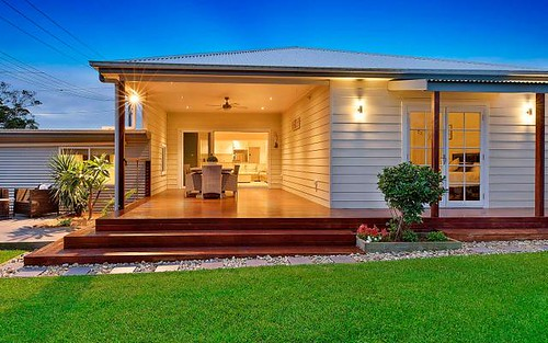 1 Barry St, Bateau Bay NSW 2261