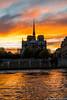 Paris_Ile_Saint-Louis_vue_vers_Notre-Dame_et_un_ciel_colore_11042018 (giesen.torsten) Tags: paris frankreich france nikon nikond810 sigma sigmaart24105mmf4 ile saintlouis iledelacité églisenotredame sonnenuntergang sunset laseine
