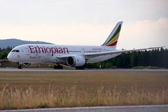 Ethiopian ET-AOV, OSL ENGM Gardermoen. (Inger Bjørndal Foss) Tags: etaov ethiopian boeing 787 dreamliner osl engm gardermoen