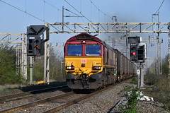 66176 Hillmorton Junction (Paul Baxter 362) Tags: class66 66176 6m13 dbschenker dbs dbcargo dbc hillmorton northamptonloop